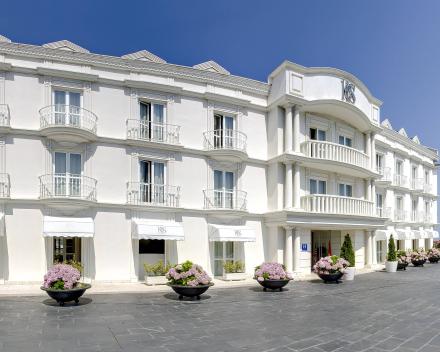 Hotel Gran Suances