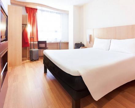 Hotel Ibis Cannes Mouans-Sartoux Kamer
