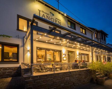 Hotel Langen in Kattenes in de Moezel in Duitsland
