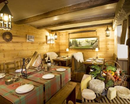 Les Saytels Restaurant
