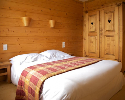 Logis Hotel Les Arobiers Kamer